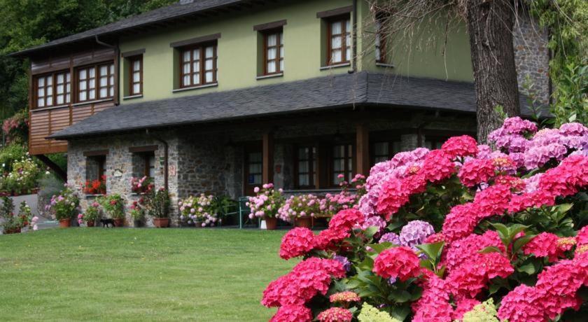 Jardín al aire libre en Casa María Cecilia