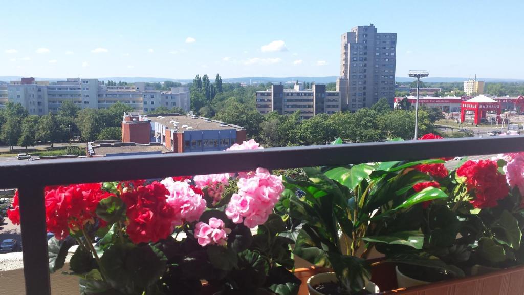 Ein Balkon oder eine Terrasse in der Unterkunft Apartment City Laatzen