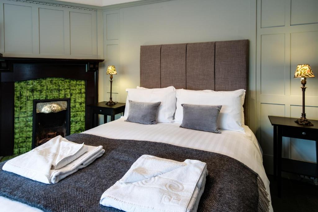 A room at Glenbruar House