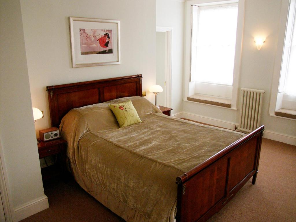 The George Hotel & Brasserie - Laterooms