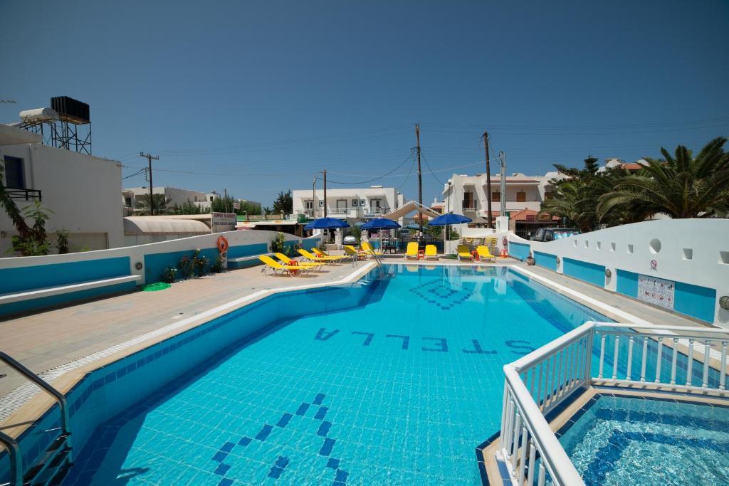 The swimming pool at or close to Villa Stella Apartments