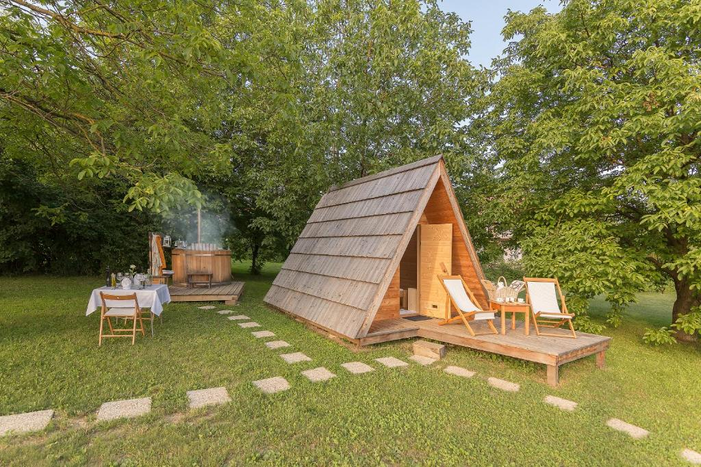 A porch or other outdoor area at Glamping Bizjak