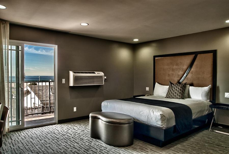 A room at the Grandview Inn.