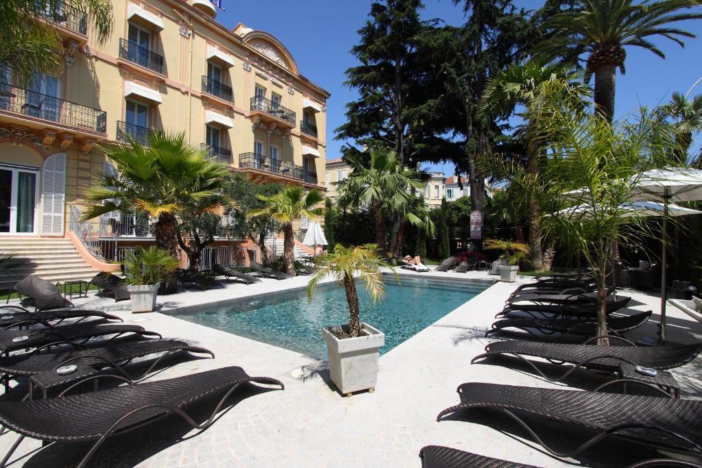 Golden Tulip Cannes Hotel De Paris - Laterooms