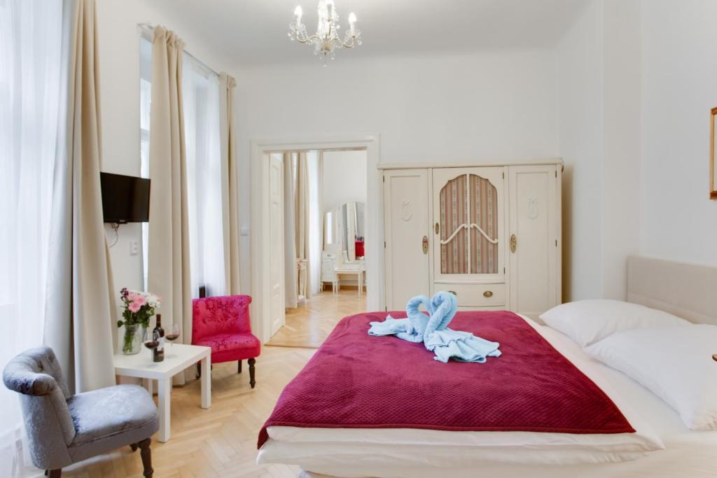 Letto o letti in una camera di Prague Siesta Apartments