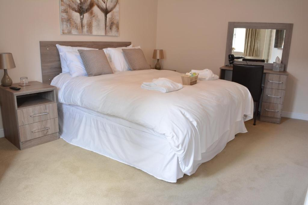 A room at Greyhound Inn