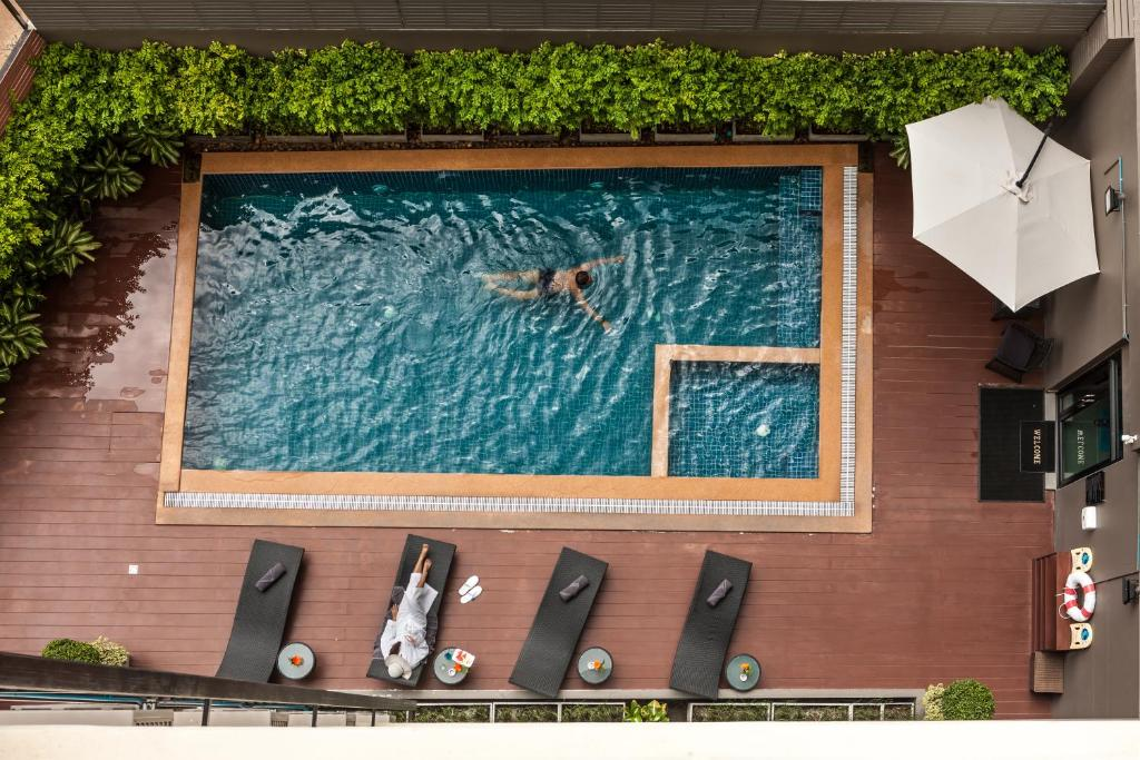 A view of the pool at Cmor by Recall Hotel or nearby