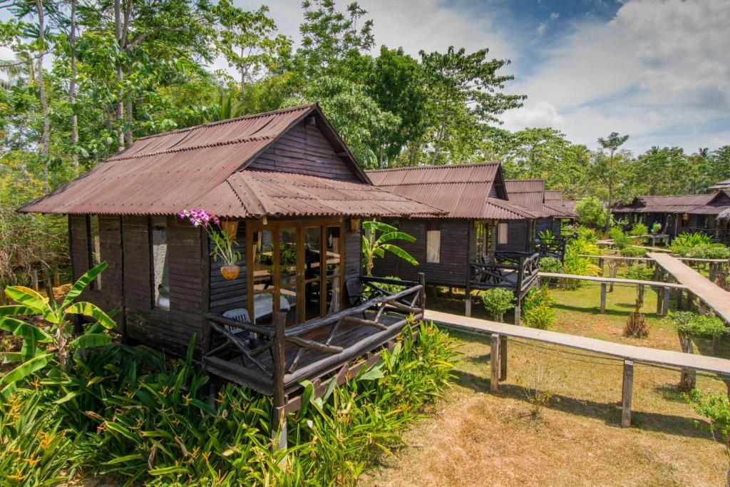 A porch or other outdoor area at Mook Lanta Eco Resort