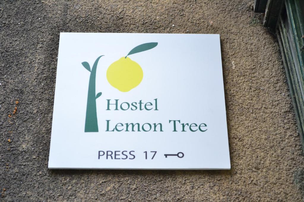 Certifikát, ocenenie alebo iný dokument vystavený v ubytovaní Lemon Tree Hostel