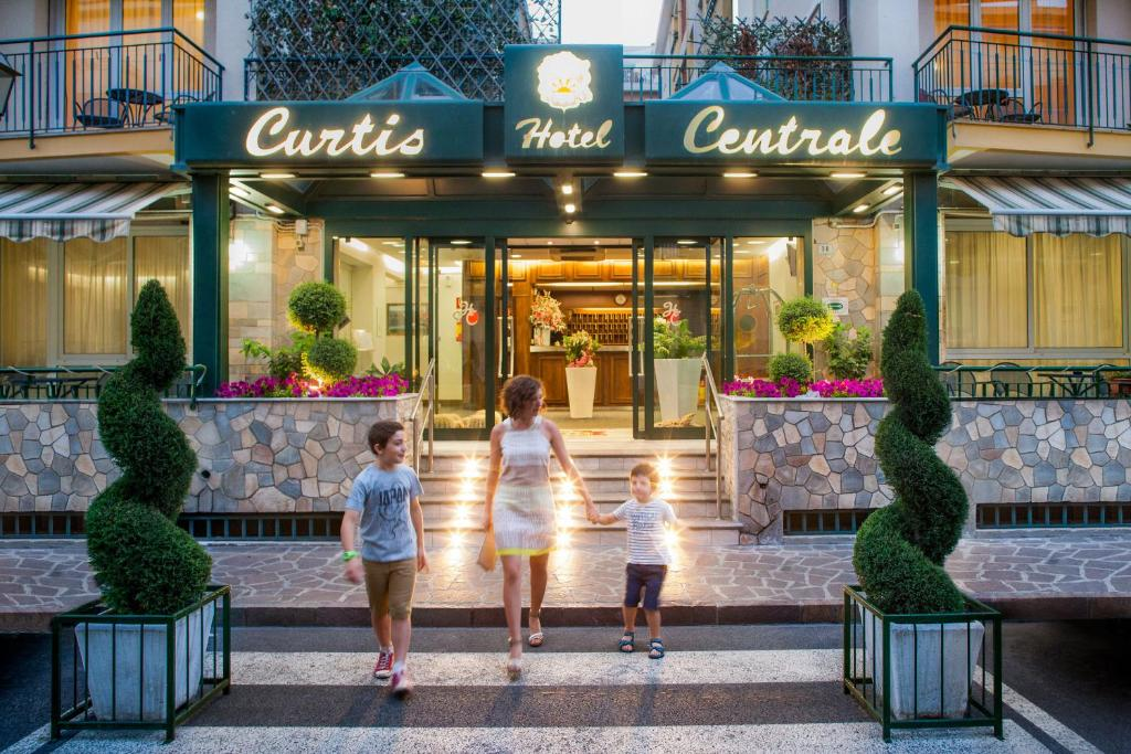 Hotel Centrale Curtis Alassio, Italy