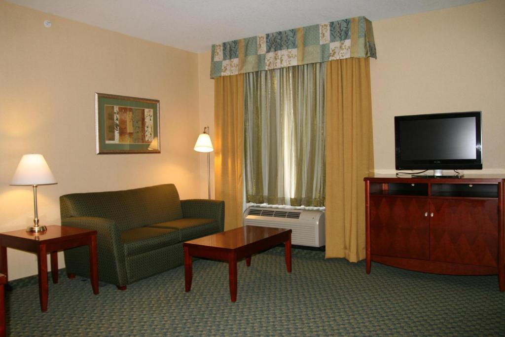A television and/or entertainment center at Hampton Inn & Suites El Paso West