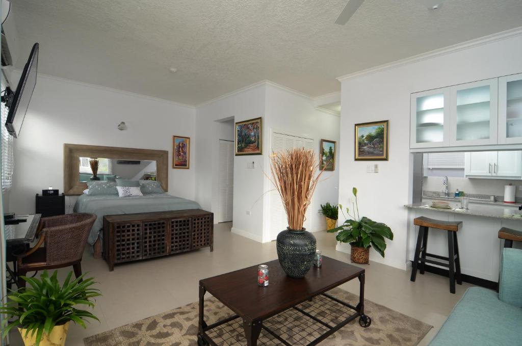 A room at Choose To Be Happy at Eight - Eight Super Studio Apartments