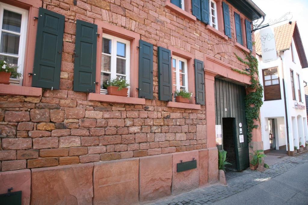 A porch or other outdoor area at Alter Winzerhof Weisenheim am Berg e.K.