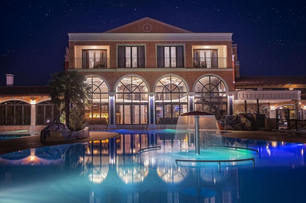 The swimming pool at or near Villa Plaza Boutique Hotel & Spa