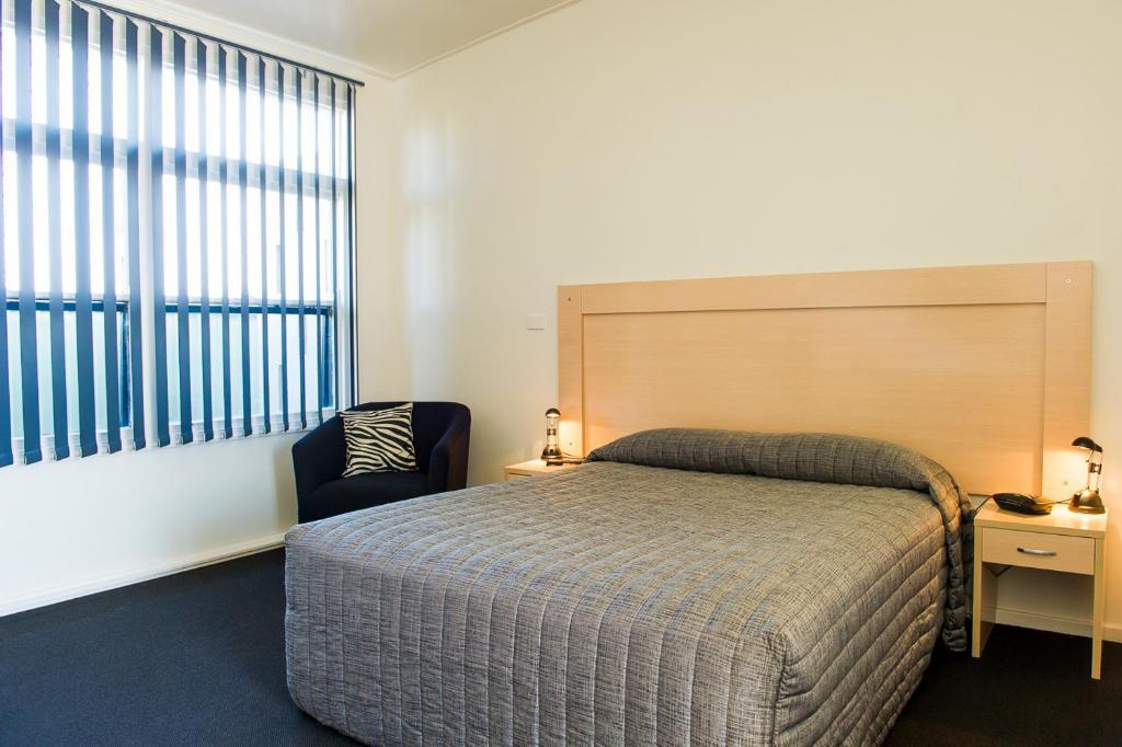 A room at Cherry Blossom Motor Inn