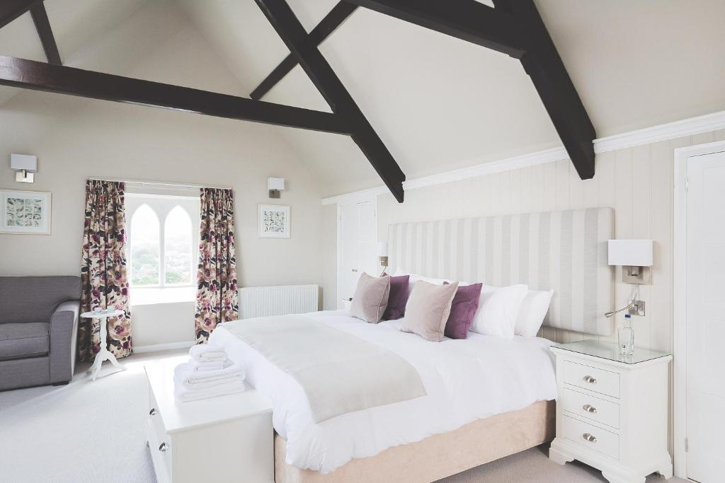 A room at Rose and Crown Yealmpton