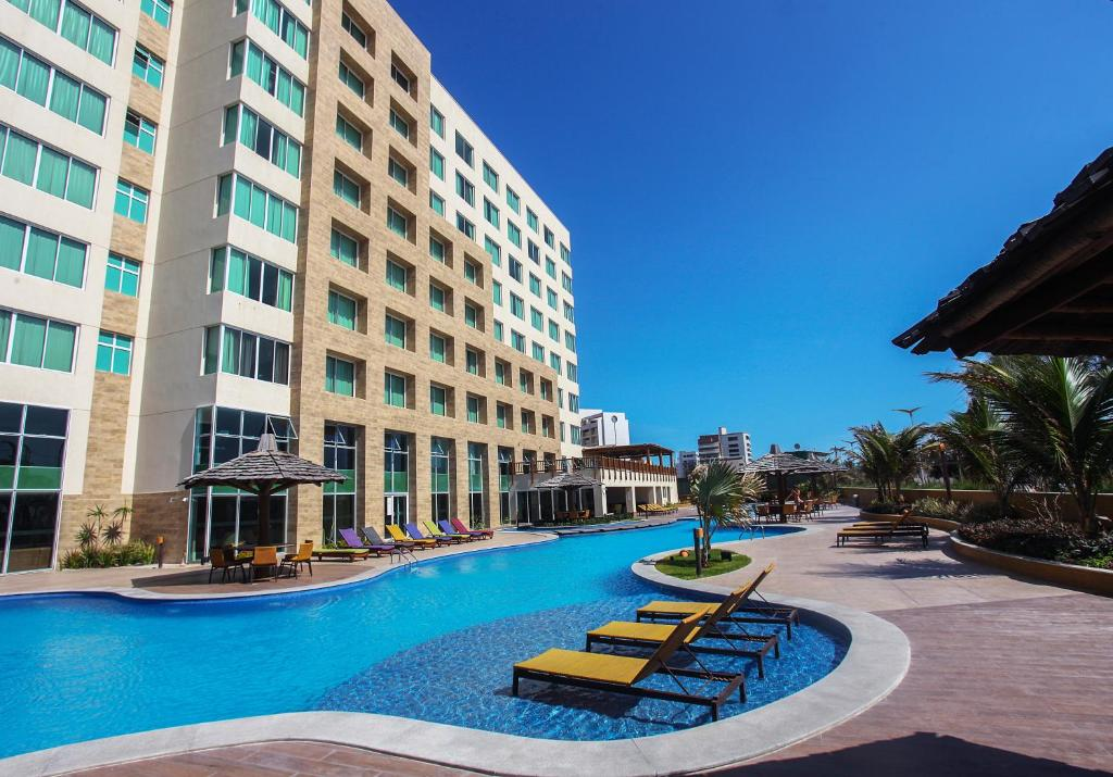 The swimming pool at or close to Gran Mareiro Hotel