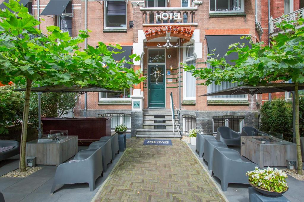 A porch or other outdoor area at Hotel Oranjestaete