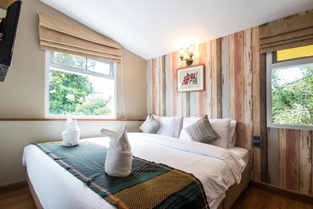 A room at Tawan Bed Club