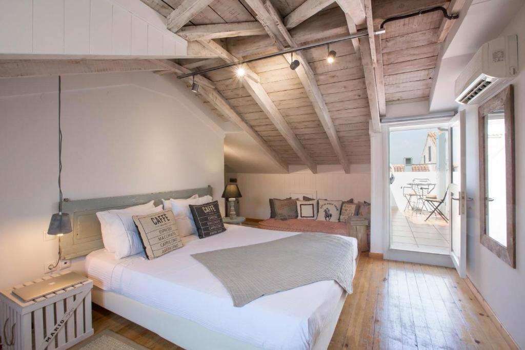 A bed or beds in a room at Amymone and Adiandi