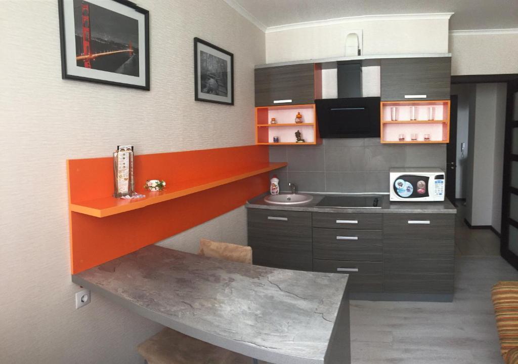 Лобби или стойка регистрации в Apartments at Bulvar Pobedy