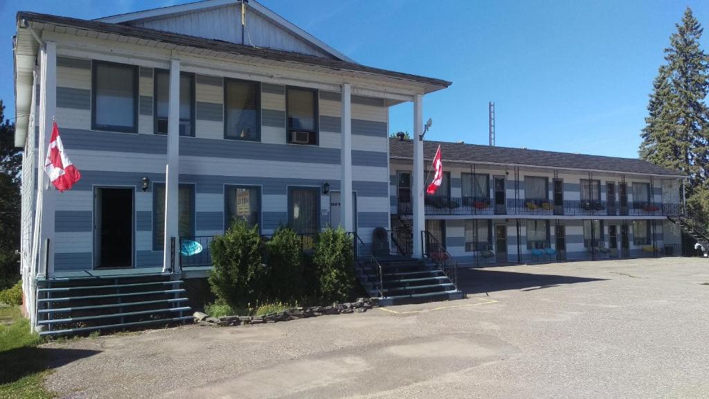 Frontiersman Motel