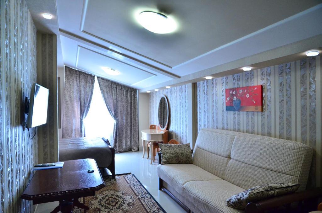 Гостиная зона в Керченский дворик