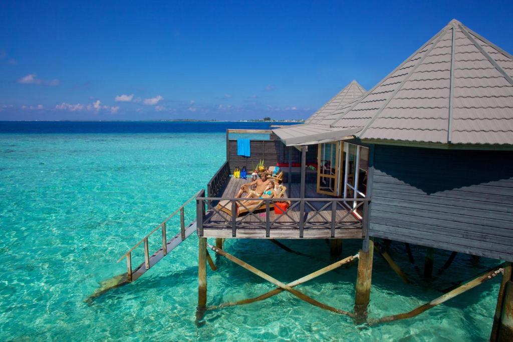 shi crusoe villaNew Beach Suites