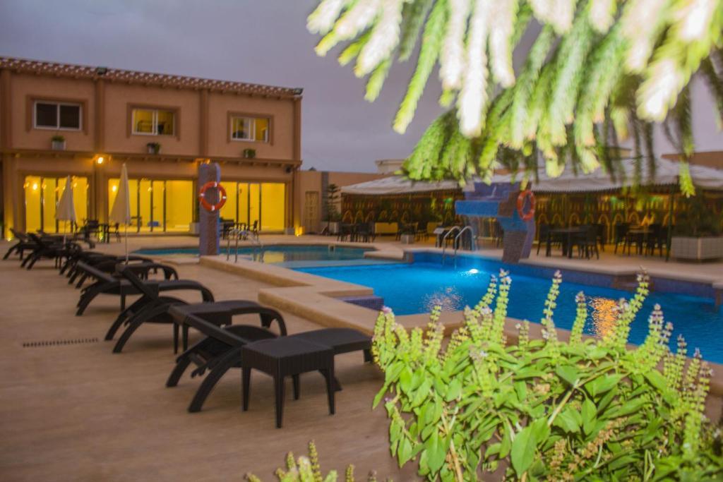 Piscine de l'établissement Hotel Mauricenter Nouakchott ou située à proximité