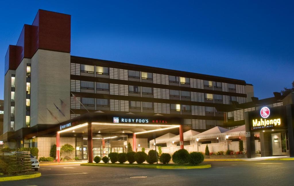 Hotel Ruby Foo