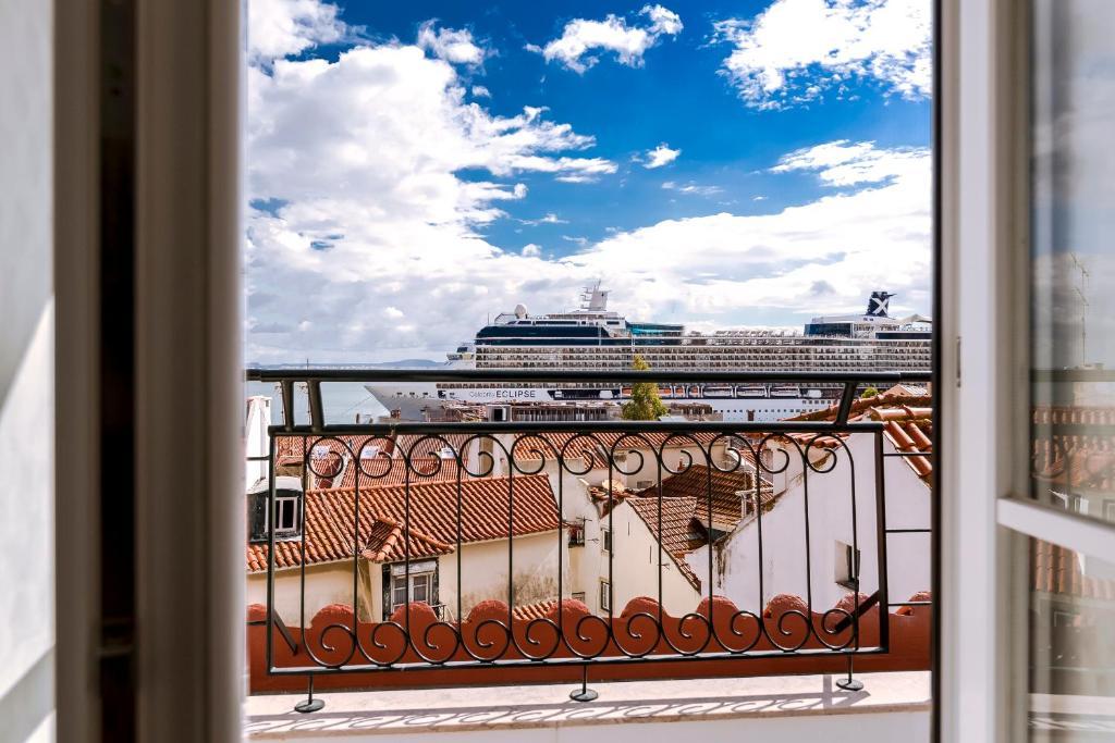 Uma varanda ou terraço em Alfama by Lisbon Inside Out