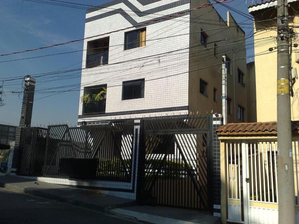 The facade or entrance of Apartamento Guarulhos