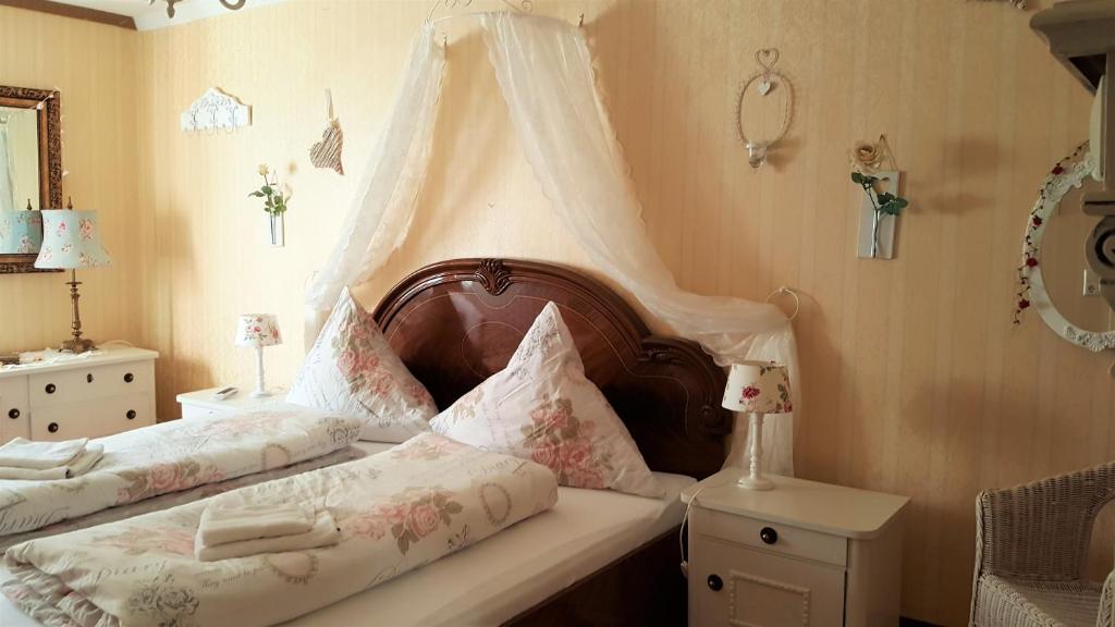 Ein Zimmer in der Unterkunft B&B Märchenhaftes