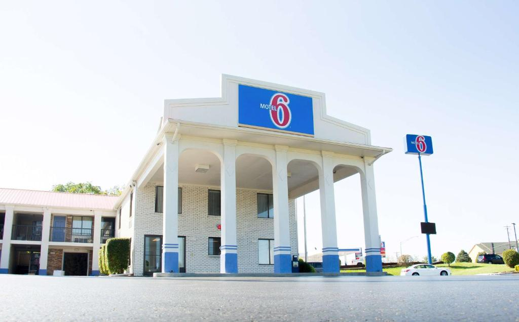 Motel 6-Cookeville, TN