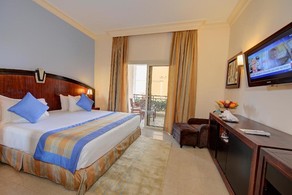 Стандартний двомісний номер з 1 двоспальним ліжком або 2 окремими ліжками: фотографія №3