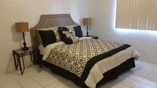 A room at Beautiful 2 bedroom 1 bath