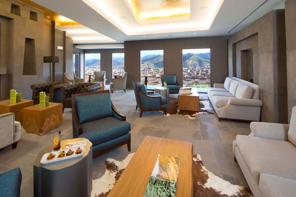 A seating area at Hilton Garden Inn Cusco