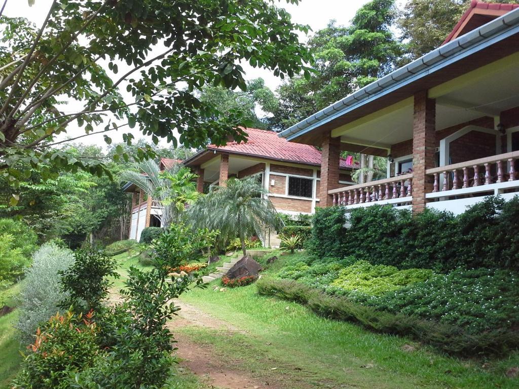 A garden outside Freedom Estate