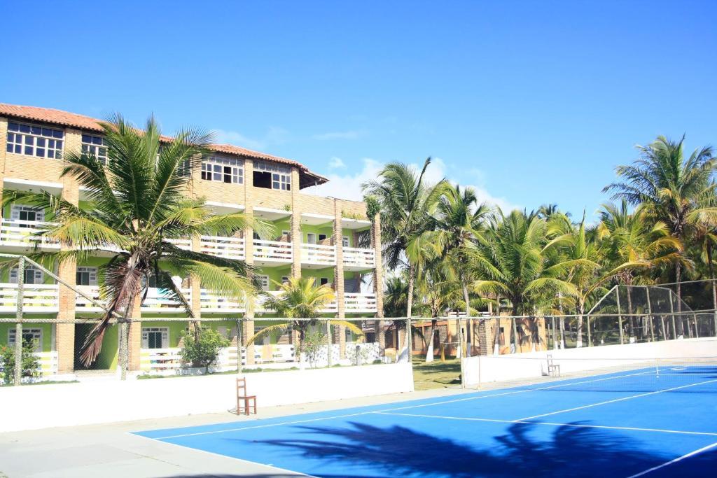 A piscina localizada em Mar & Sol Praia Hotel ou nos arredores