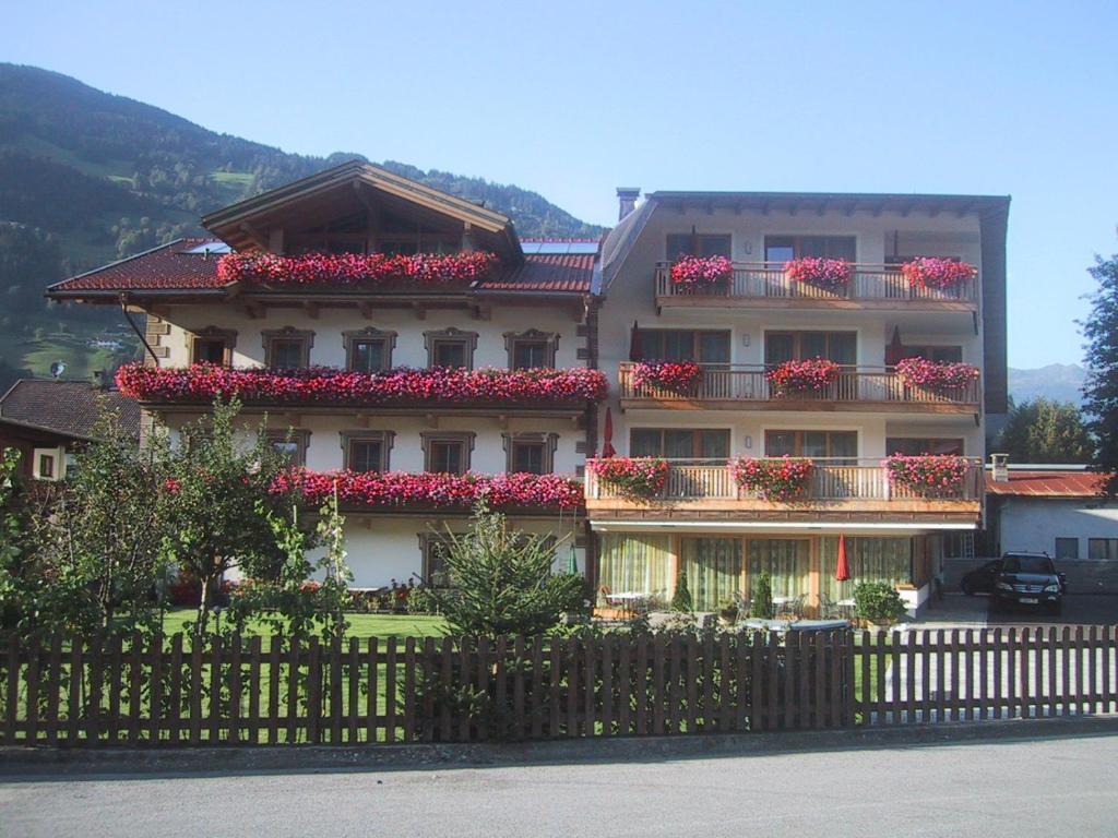 Hotel Garni Elisabeth Zell am Ziller, Austria