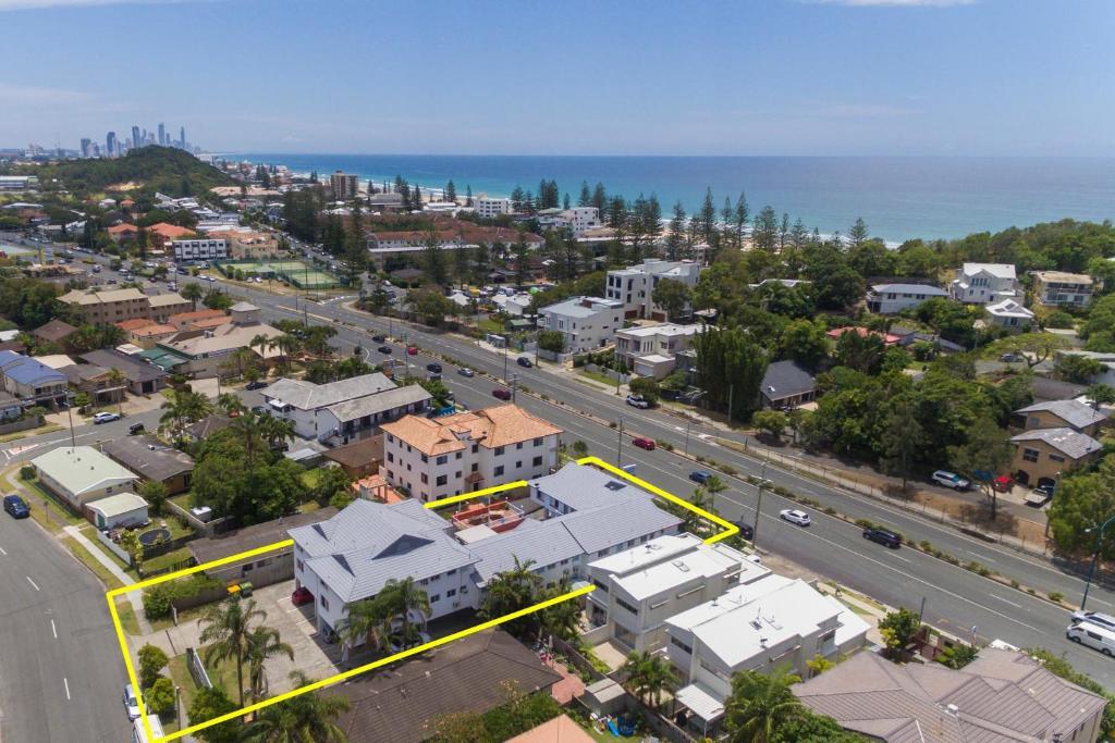 Sunshine Beach Resort - Laterooms
