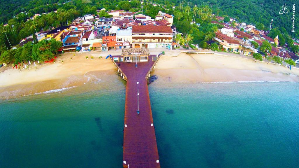 A bird's-eye view of Ilha Grande Mar