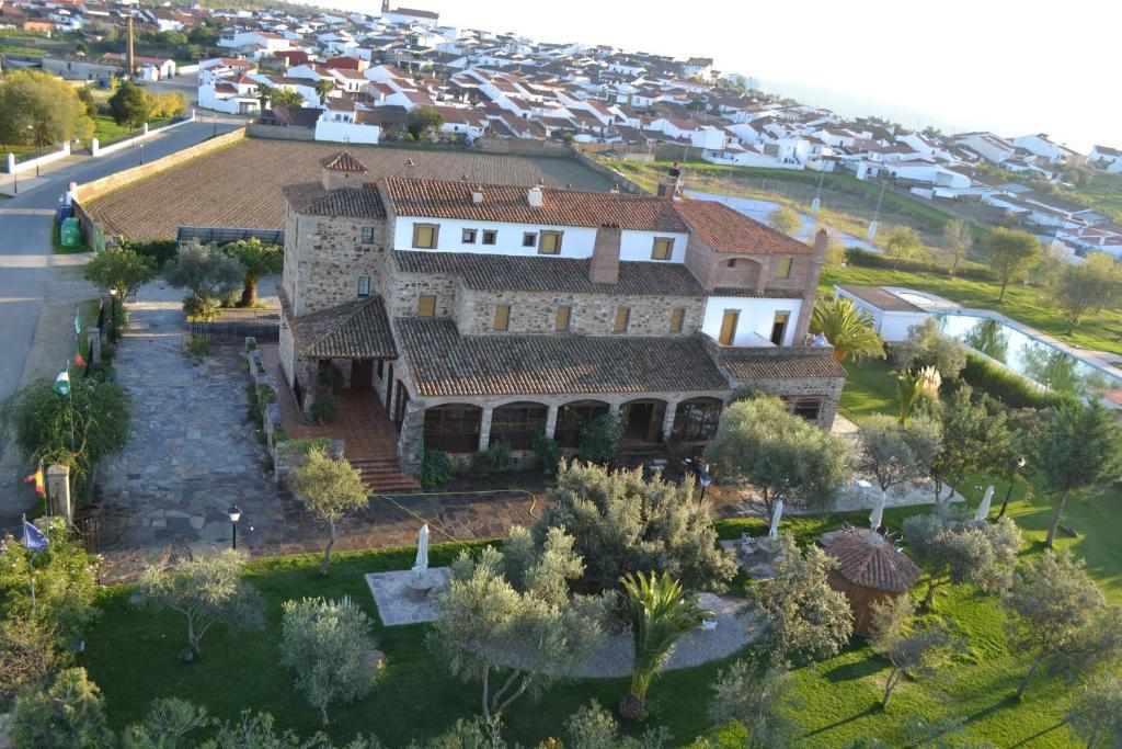 A bird's-eye view of Rincón del Abade
