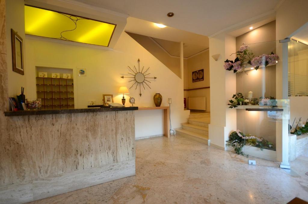 Hall o reception di Messini Hotel