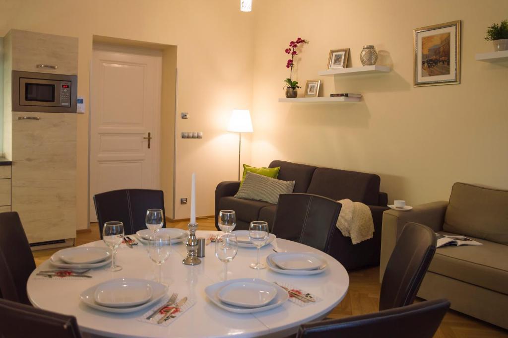 Ristorante o altro punto ristoro di Modern Apartment Všehrdova