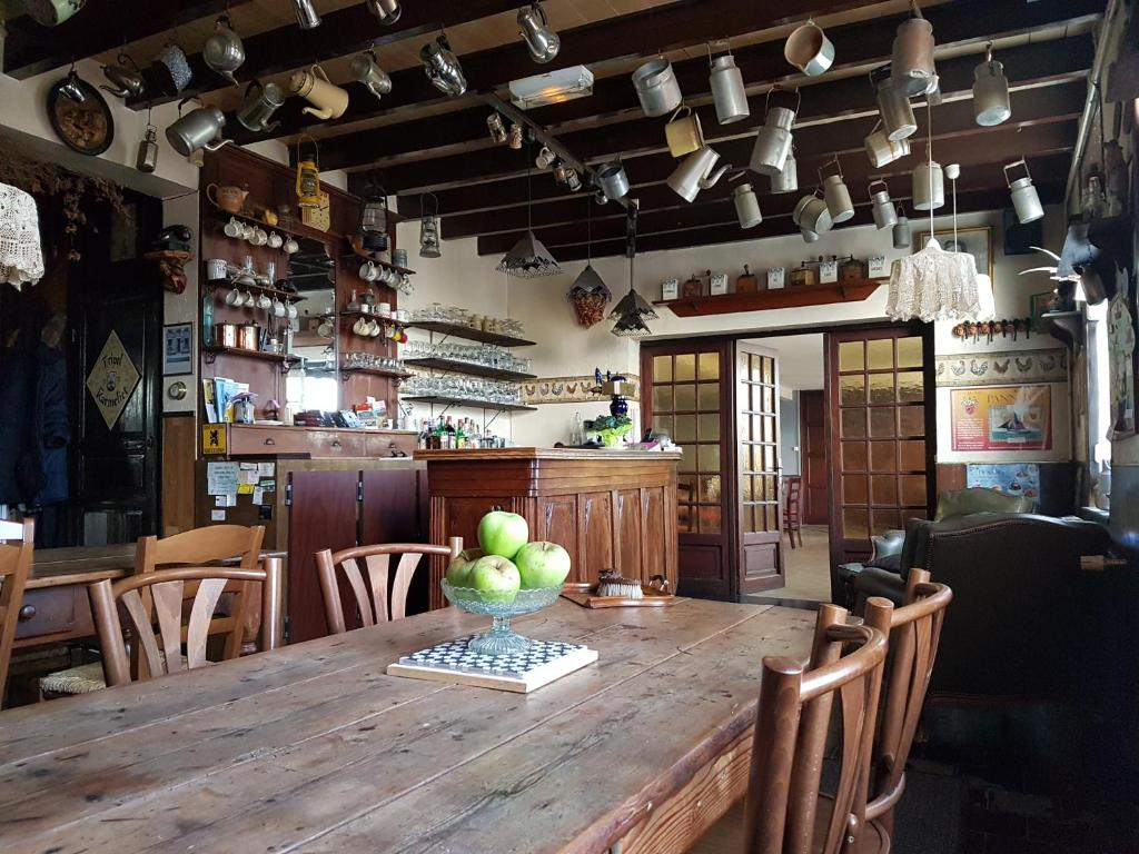Restaurant ou autre lieu de restauration dans l'établissement Au Gallodrome