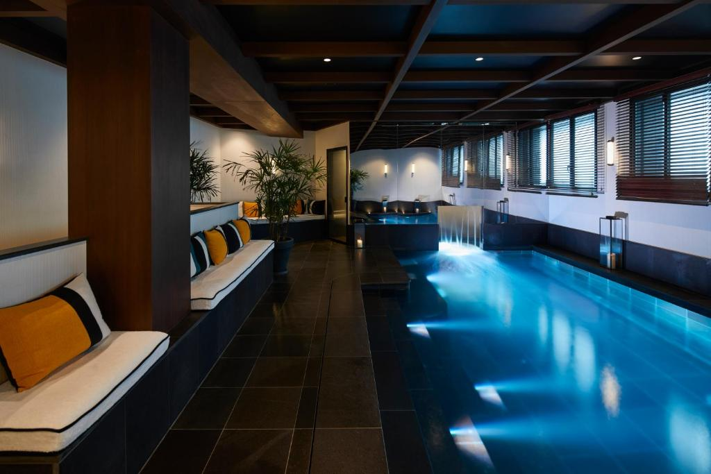 The swimming pool at or close to Le Roch Hotel & Spa