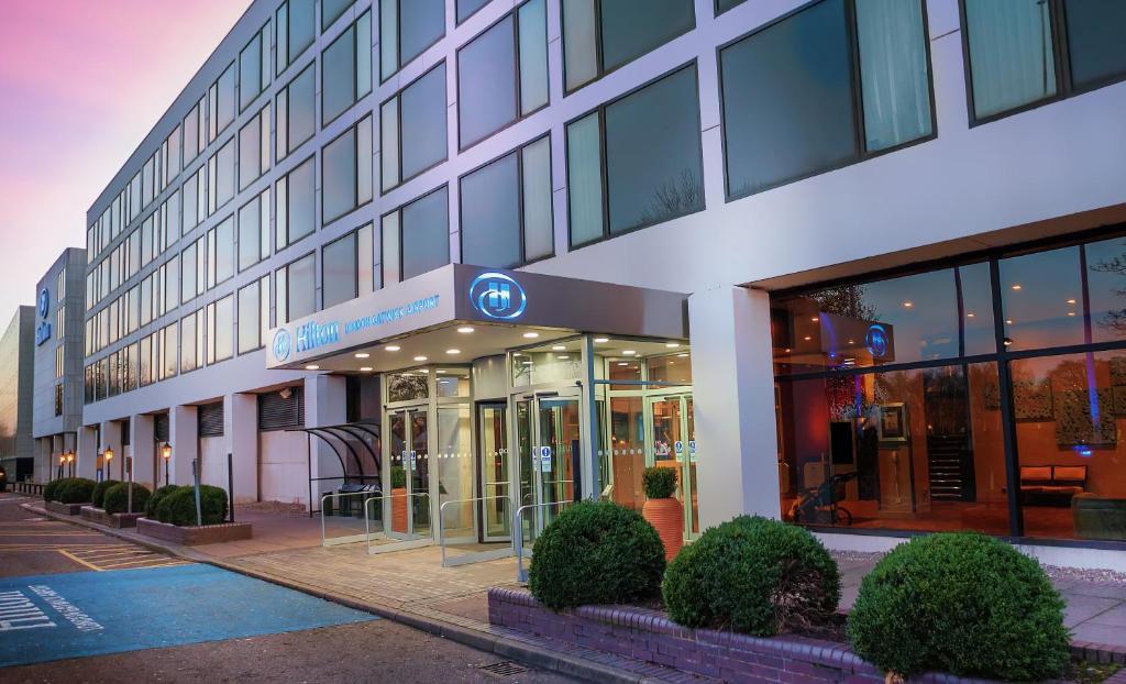Hilton London Gatwick Airport - Laterooms