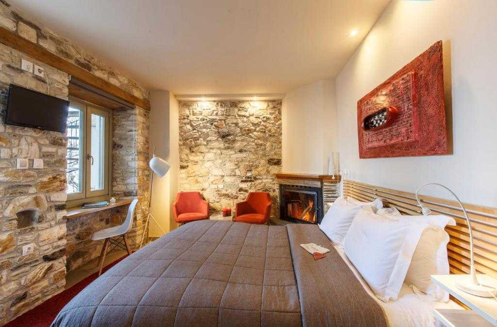 A bed or beds in a room at Olga
