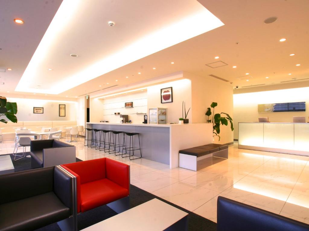 The lobby or reception area at Hotel Vista Sapporo Nakajima Koen